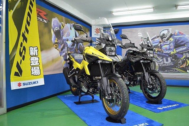 DL1050RCM0 イエロー展示JPG (2)-1.jpg